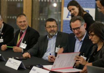 Signature de la convention de partenariat ATOS - ENSEIRB-MATMECA